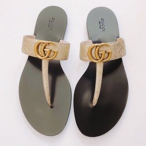 Gucci Marmont metallic leather thong sandals